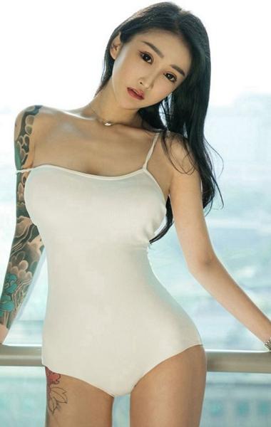 91极品在线国美在线播放…陈妍希称颂宋佳牛奶白!何如选唇色本领更好衬着肤色?